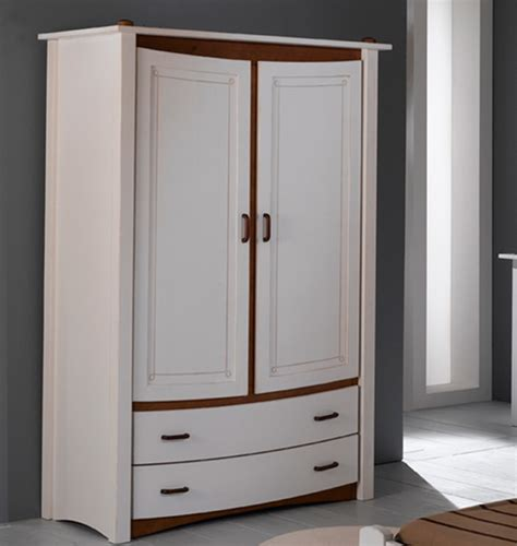 armoire de chambre adulte armoire chambre coucher saga secret de chambre