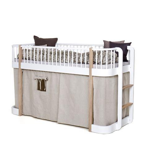 mobilier table rideau pour lit cabane