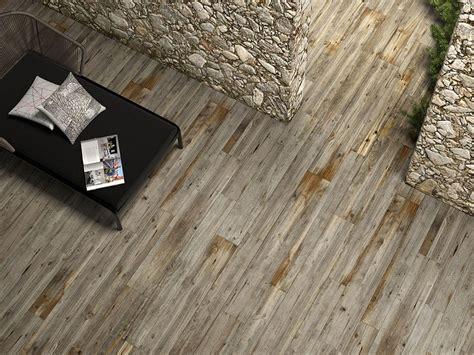 piastrelle tipo parquet stupende piastrelle effetto legno in ceramica e gres