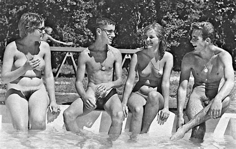 Vintage Mixed Nude Swimming Excelent Porn