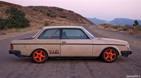 An 11 Second Junkyard Built 84 Volvo, Sweet