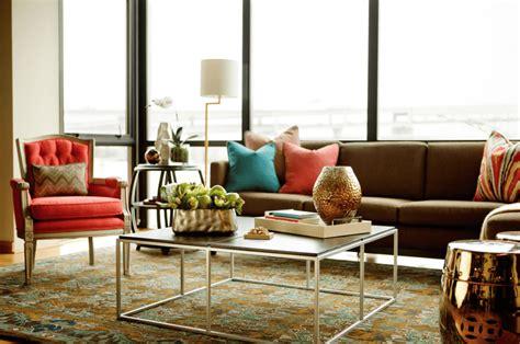 Braunes Sofa Kombinieren by 7 Fall Interior Design Trends To Try This Season Decorilla