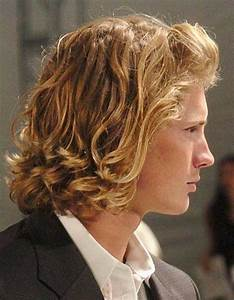 Popular Long Hairstyles for Men   Mens Hairstyles 2018