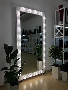 Showroom, Mirror, With, Lights, Mirror, For, Showroom, With, Lights