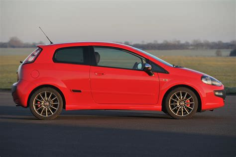 Fiat Pinto by Fiat Punto Evo Hatchback Review 2010 2012 Parkers