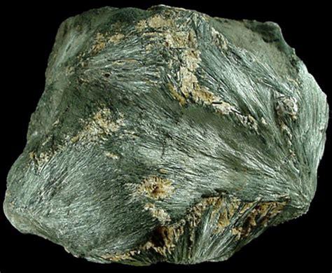 photographs  mineral   actinolite