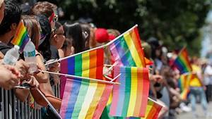 Glasgow pride parade bans drag queens for fear of hurting ...