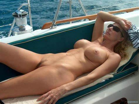Lesbo Makes Dildoing On A Fishing Boat