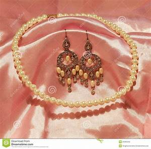 Beautiful Chandelier Earrings And Pearl Necklace Stock Photography - Image: 29363442