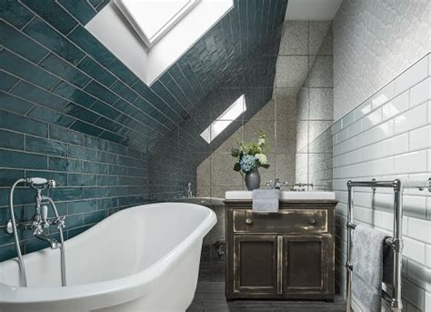 Bathroom Tiling Cost   See How Much It Costs To Tile a