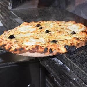 La Casa Della Pizza : la casa della pizza le beausset restaurant avis num ro de t l phone photos tripadvisor ~ Watch28wear.com Haus und Dekorationen