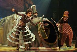 just got back from opening at kurios steunk