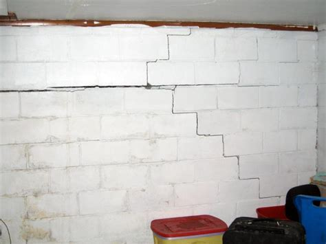 55 Fix Basement Wall Crack, Block And Fieldstone