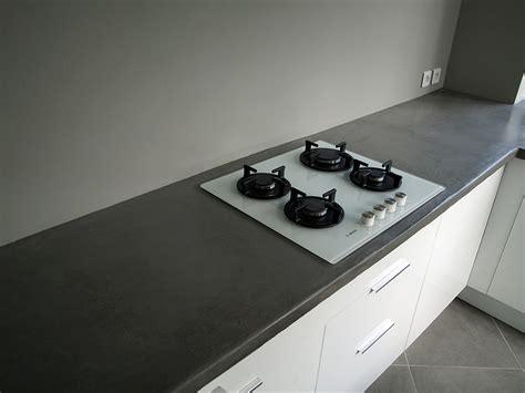 cuisine repeinte en blanc cuisine blanc plan de travail gris cuisine nous a