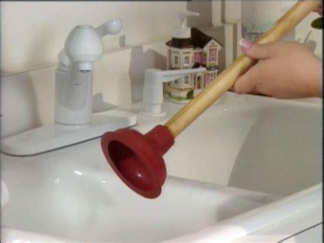 unclog  sink drain  tos diy