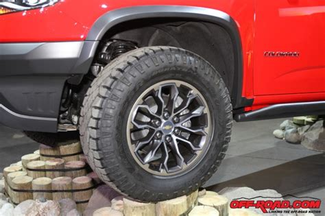 zr2 colorado chevrolet truck road tires goodyear canyon gmc chevy lift inch duratrac officially unveils additional fitted inches course features