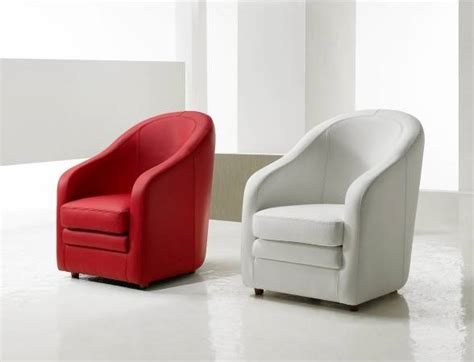 roche bobois canapé cuir fauteuil cuir classique cabriolet modèle bomba meuble et