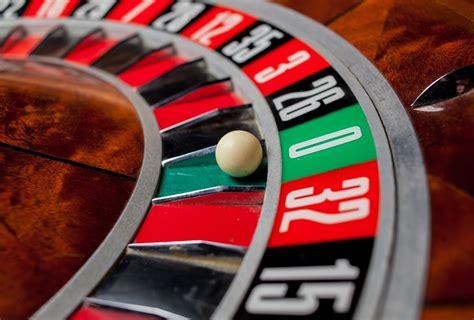 Realaus laiko kazino su gyvais dalintojais jau ir TOPsport ...