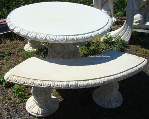 mobiliers de jardin au temple de la poterie