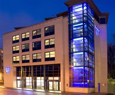 best modern hotels in hotel 53 in york a smart modern hotel in a great location just a few minutes