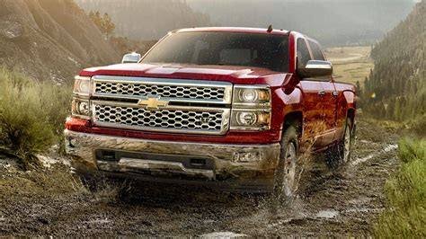 chevy silverado   car hd wallpaper car wallpaper hd