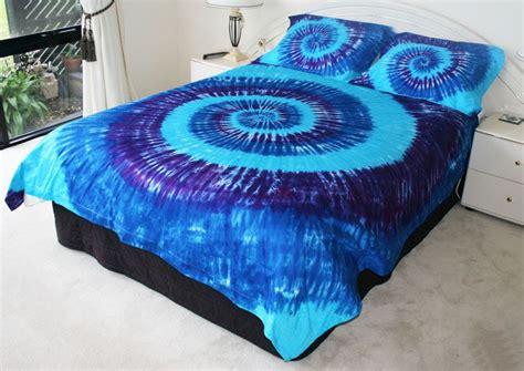 blu aqua and purple tie dye bedspread tie dye