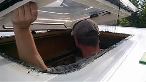 Wohnwagen Dachluke Dometic Hecki 2 Montieren