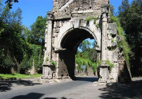 Porta Di San Sebastiano by Via Di Porta San Sebastiano Pro Loco Di Roma Pro Loco