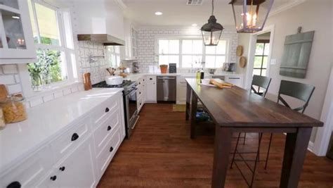 Fixer Upper 'Design On Her Mind'   The Barker Project