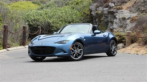 2019 Mazda Mx5 Miata First Drive The Whole Package