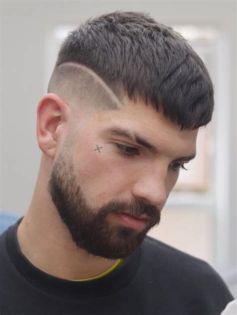 fashionable mid fade haircuts  men