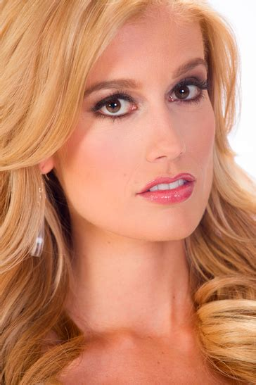 Miss Indiana USA 2013 - Emily Hart