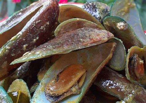 Sate usus menjadi masakan sederhana yang kelezatannya begitu menggugah selera. Kerang Hijau Kuah Bumbu Kuning / 100 Resep Kerang Rebus ...