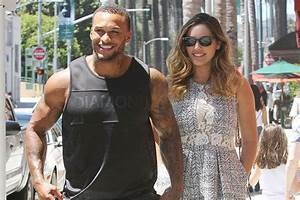 kelly brook is letting a friend design her dress for With kelly evans wedding ring