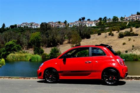 2014 Fiat Abarth by The 2014 Fiat 500 Abarth Convertible Mixes Hatch
