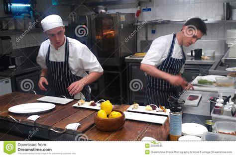 cuisine de gordon ramsay cuisine de restaurant de gordon ramsay image éditorial