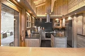 chalet cuisine ouverte 20170522205919 tiawukcom With carrelage adhesif salle de bain avec ruban led 10m etanche