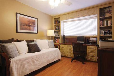 Design Bedroom Office Combo by Guest Bedroom Design With Office Home Office Guest