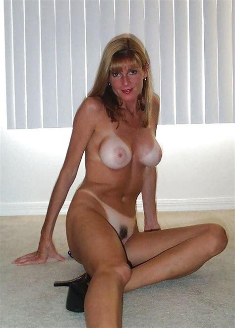 Sexy Busty Mature Milf Jill Pics XHamster