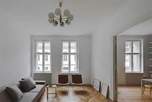 Interior Design Berlin : berlin mite apartment refurbishment by atheorem ~ Markanthonyermac.com Haus und Dekorationen