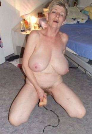 Gilfpics Free Granny