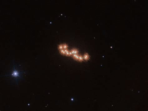 Hubble sees dancing brown dwarfs caught in cosmic waltz - CNET
