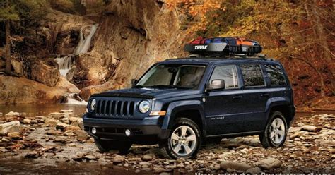 jeep patriot off road tires patriot latitude 4x4 shown in true blue pearl with