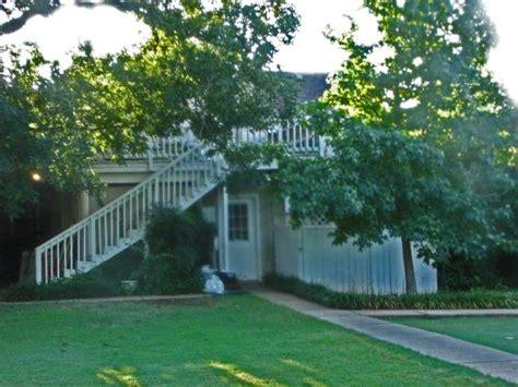 lindley house garden cottages duncan ok omd 246