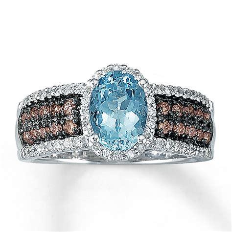 le vian aquamarine ring  ct tw diamonds  vanilla gold  kay