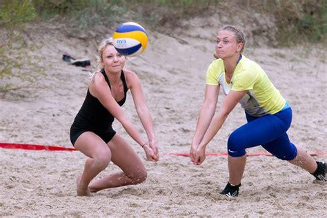 Tiksies pludmales volejbola entuziasti | liepajniekiem.lv