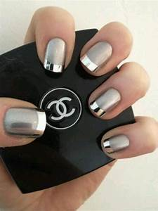 colored manicure