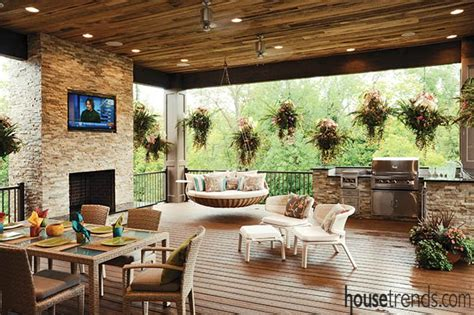 Outdoor Spaces : Spectacular Outdoor Living Spaces