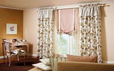 como colgar barras de cortina