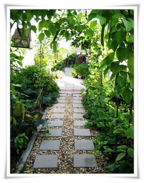 side yard garden path eclectic landscape  orleans